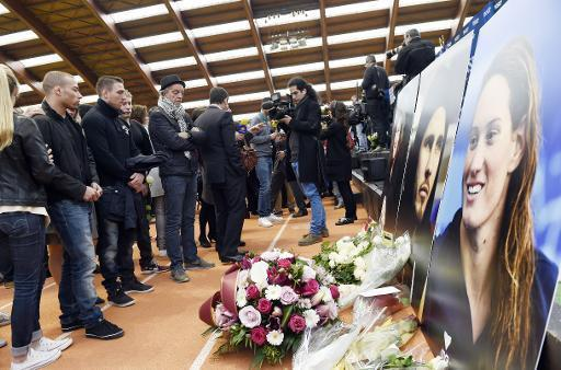 French sport stars honour victims of Argentine crash
