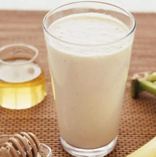 "<p>In addition to reaping the aforementioned benefits of cinnamon, the banana in this tasty drink can help <a href=""https://www.medicalnewstoday.com/articles/325879.php"" rel=""nofollow noopener"" target=""_blank"" data-ylk=""slk:reduce bloating and control your appetite,"" class=""link rapid-noclick-resp"">reduce bloating and control your appetite,</a> according to Medical News Today.<br></p><p><em>Get the recipe at <a href=""https://www.thespruceeats.com/peanut-banana-cinnamon-smoothie-1763175"" rel=""nofollow noopener"" target=""_blank"" data-ylk=""slk:The Spruce Eats"" class=""link rapid-noclick-resp"">The Spruce Eats</a>.</em></p>"