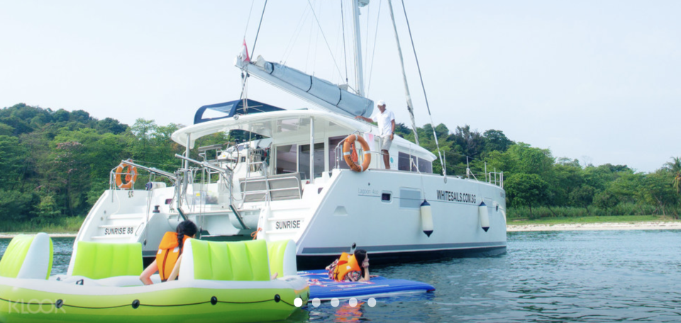PHOTO: Klook. Private Yacht Charter Rental in Singapore by White Sails