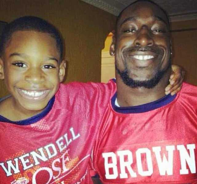 Wendell Brown (R) has been in a Chinese prison since 2016 for a bar fight. (Courtesy of Wendell Brown family)