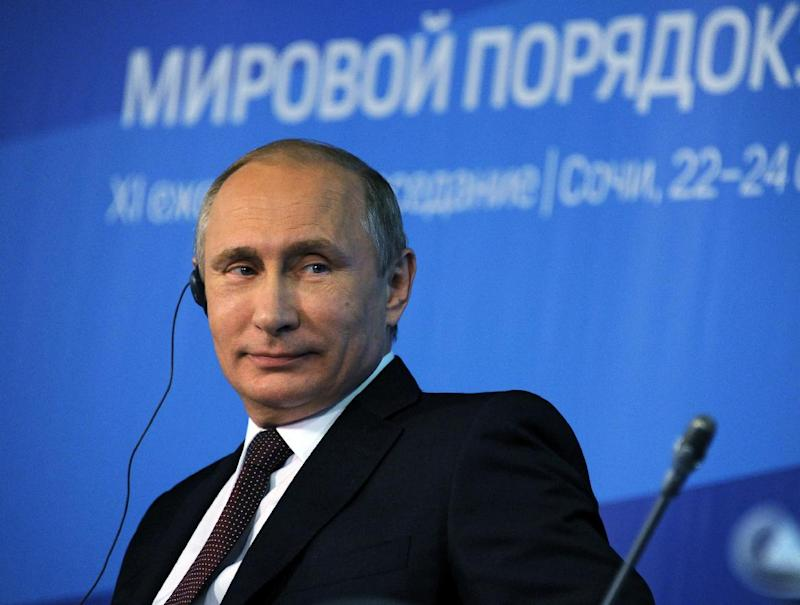 Russian President Vladimir Putin attends on October 24, 2014 a meeting of members of the Valdai International Discussion Club in the Russian city of Sochi