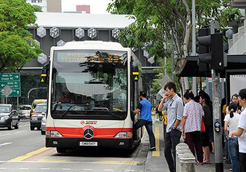 Transport Minister Lui Tuck Yew says that measures are in place to safeguard the interests of commuters. (Yahoo! photo)