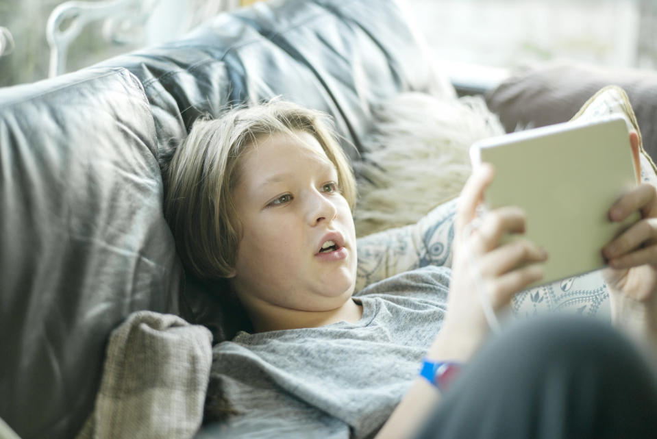 How can you tell if your child is having too much screen time? [Photo: Getty]