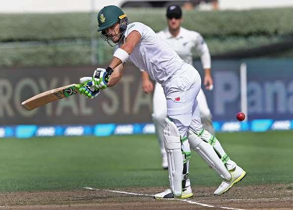 HAMILTON, NEW ZEALAND - MARCH 26: Captain Faf du Plessis of South Africa bats during day two of the Test match between New Zealand and South Africa at Seddon Park on March 26, 2017 in Hamilton, New Zealand. (Photo by Dave Rowland/Getty Images)