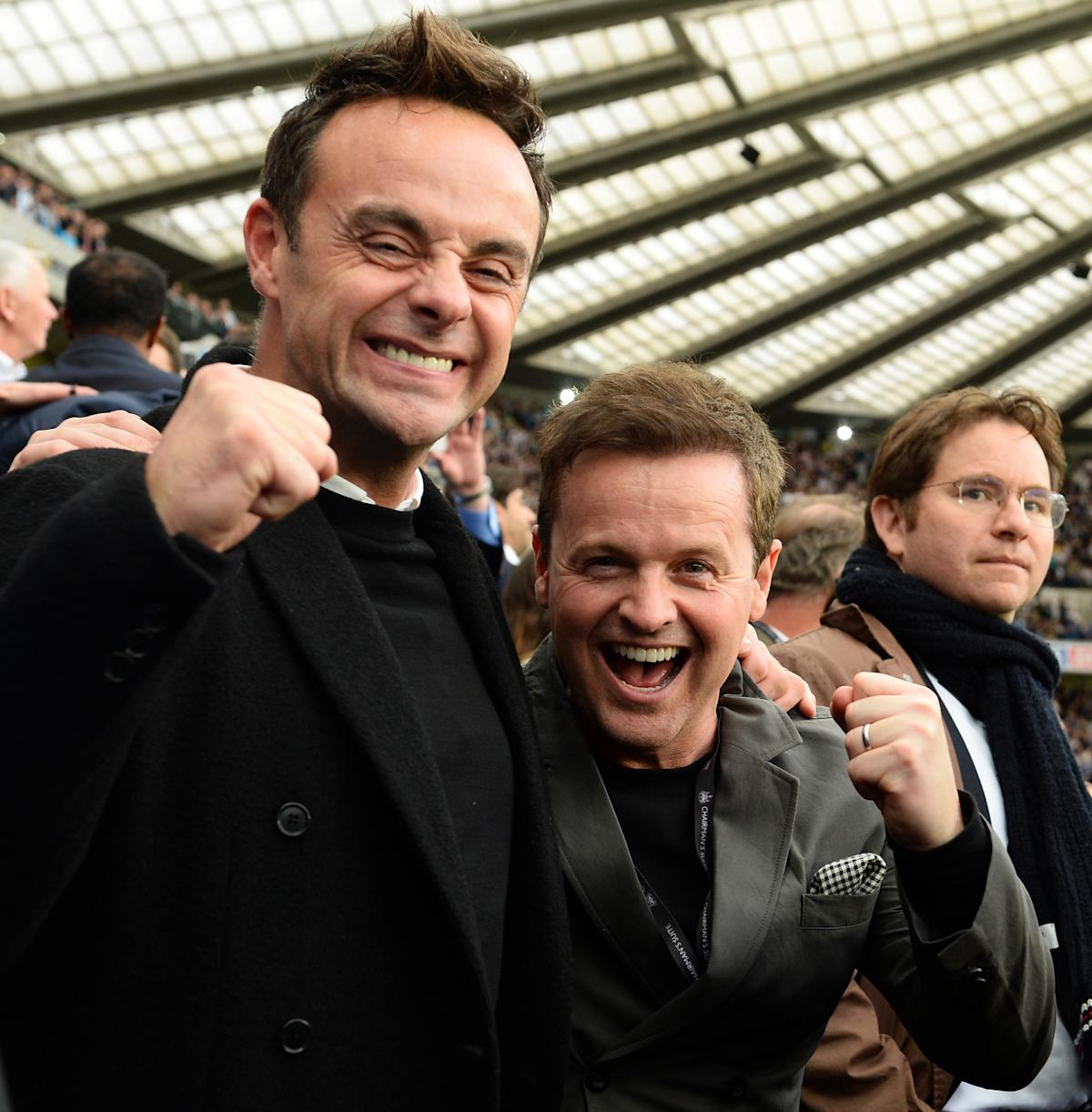Ant and Dec sit wrong way round as they watch Newcastle United lose football match