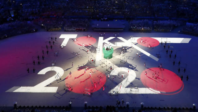 <p>Performers take part in the closing ceremony for the 2016 Rio Olympics. (REUTERS/Fabrizio Bensch) </p>