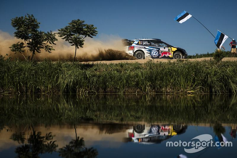 "18. Rally de Polonia 2015: 121,41 km/h<span class=""copyright"">Red Bull Content Pool</span>"