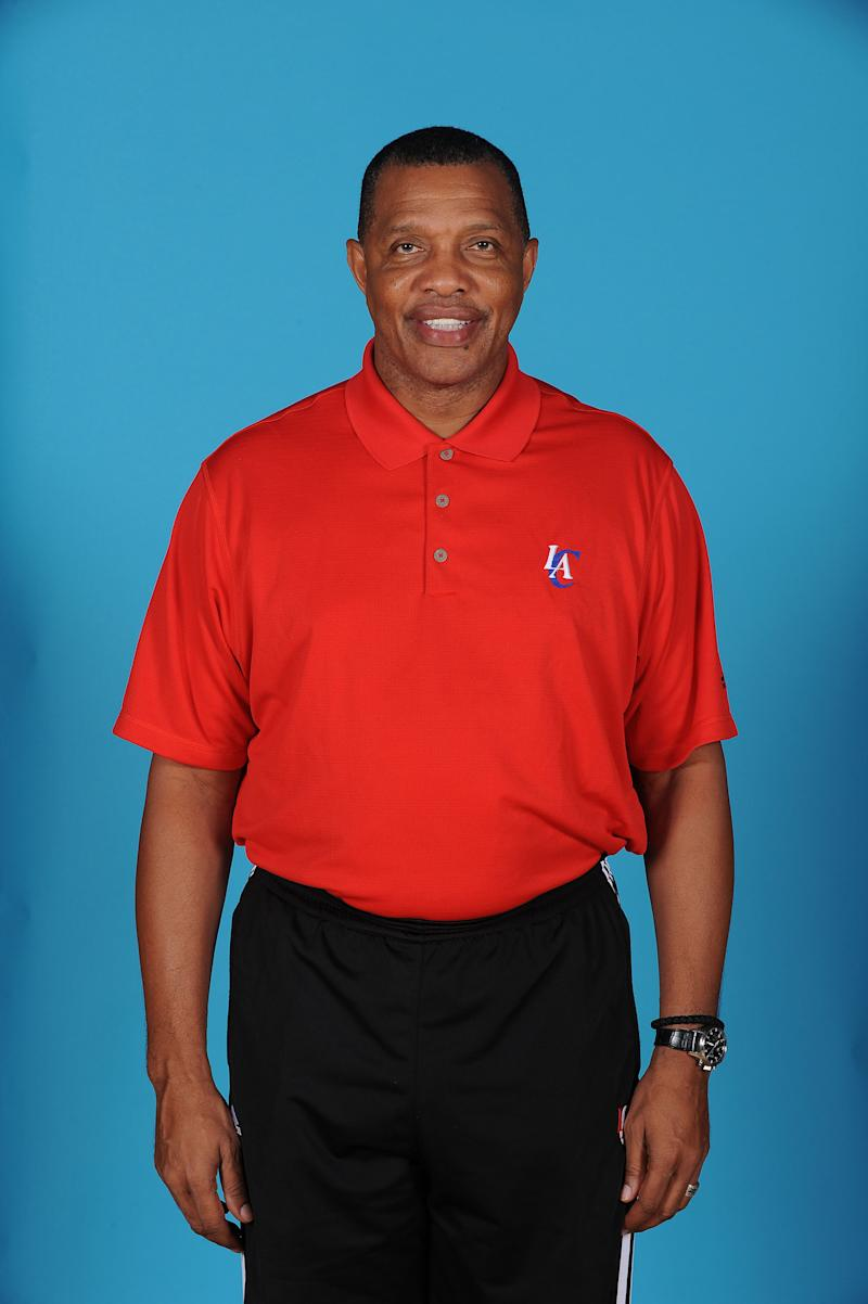 AP Source: Cavs want to interview Alvin Gentry