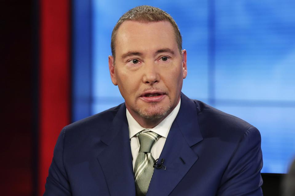 """DoubleLine CEO Jeffrey Gundlach is interviewed during a taping of the """"Wall Street Week"""" program on the Fox Business Network, in New York, Thursday, May 5, 2016. (AP Photo/Richard Drew)"""