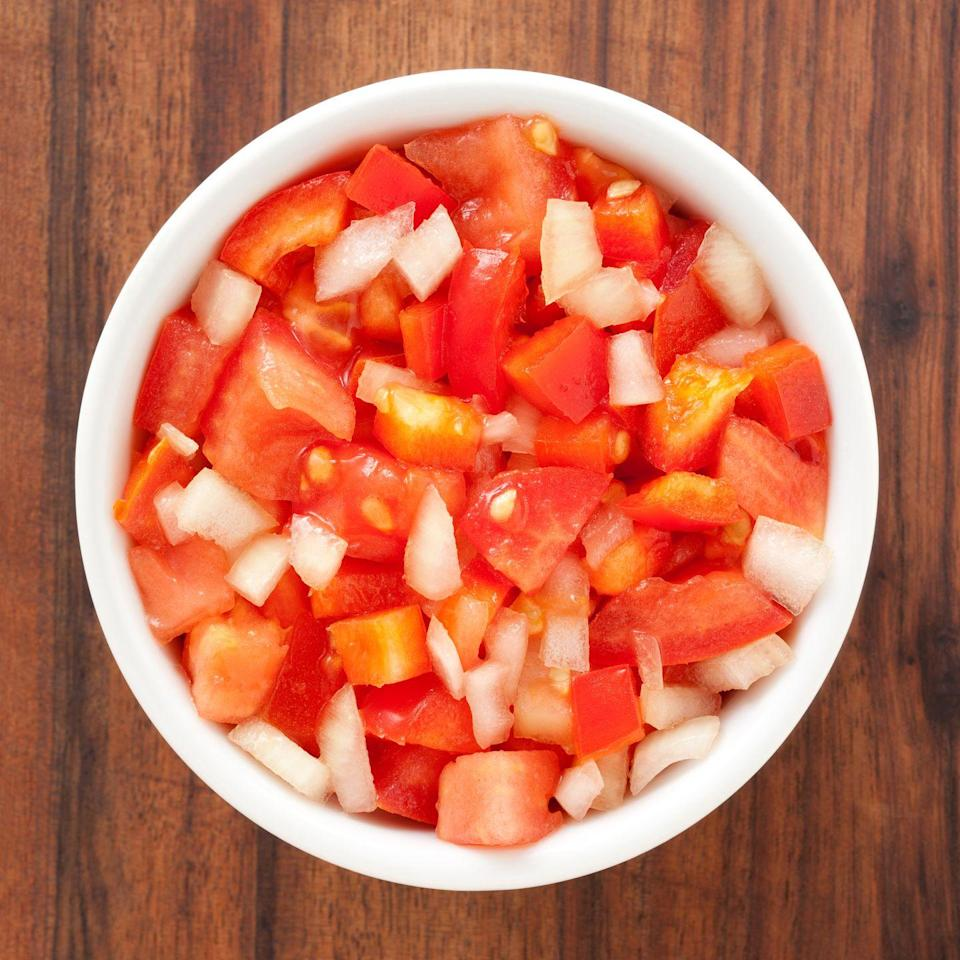 <p>The lycopene in tomatoes can help reduce inflammation in your body. Onions also have anti-inflammatory properties due to bioflavonoid. You may also see a reduction in nasal congestion thanks to the quercetin in onions, which acts as an anti-histamine.</p>