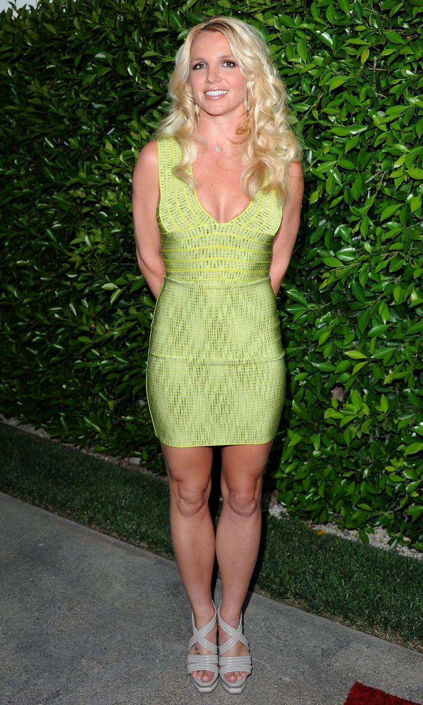 <p>Britney Spears wears a lime green bodycon dress for the Southern Style St. Bernard Project event on May 11, 2011 in Beverly Hills, California.</p>