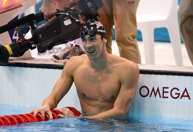 USA's Michael Phelps celebrates after winning the men's 200m individual medley final