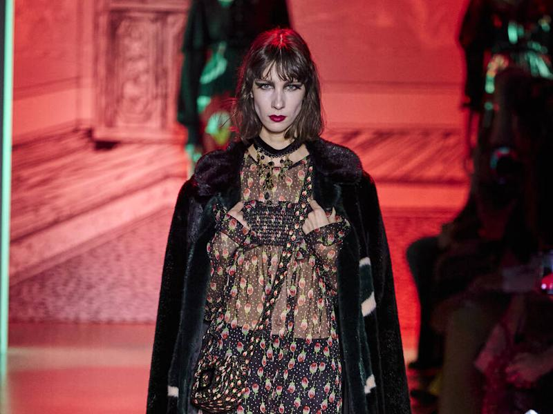 Anna Sui dishes up Gothic glamour for fall 20