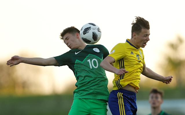 Soccer Football - UEFA European Under-17 Championship - Group B - Slovenia v Sweden - St George's Park, Burton Upon Trent, Britain - May 4, 2018 Sweden's Alex Timossi Andersson in action with Slovenia's Tamar Svetlin Action Images via Reuters/Lee Smith TPX IMAGES OF THE DAY