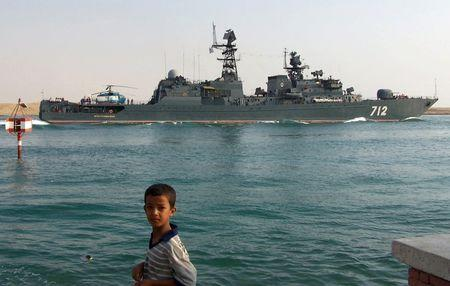 The Russian destroyer Neustrashimy enroute to Somalia crosses the Suez Canal