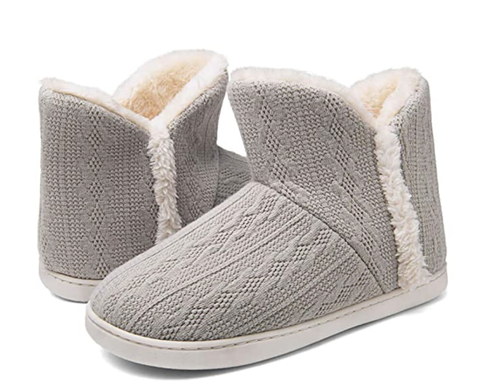Ziitop Bootie Slippers in Light Grey (Photo via Amazon)