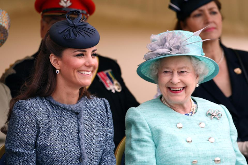 Queen Elizabeth II and Duchess of Cambridge during their Diamond Jubilee visit to Vernon Park in Nottingham.   (Photo by David Jones/PA Images via Getty Images)
