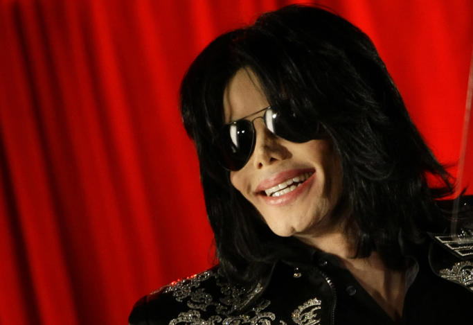 The <em>Killing Michael Jackson</em> documentary looks inside the singer's bedroom at time of his death. (Photo: REUTERS/Stefan Wermuth)