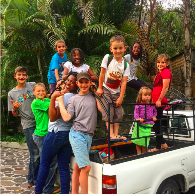 Driving around with friends in Guatemala (Instagram/worldschoolfamily)
