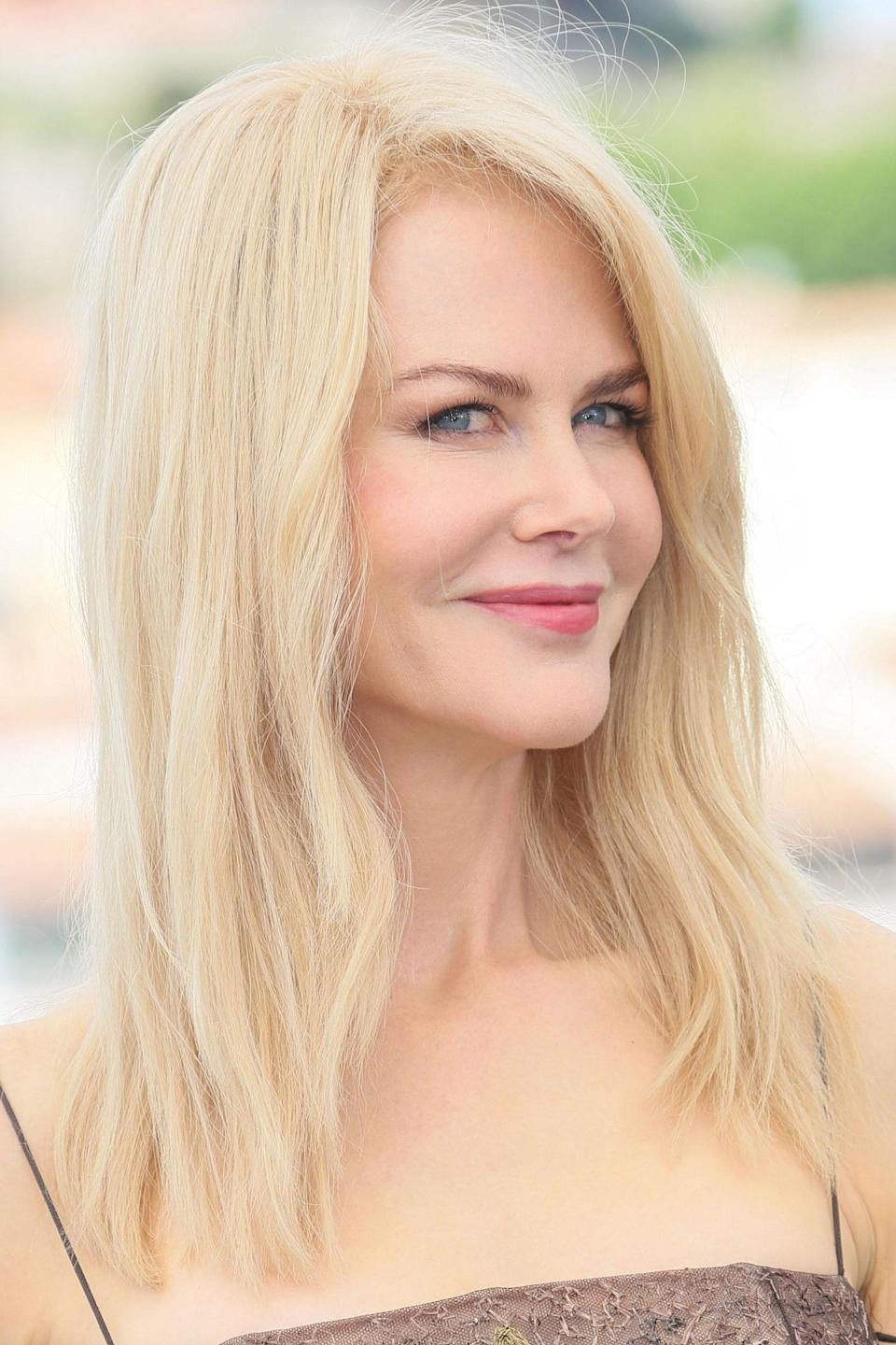 <p>Kidman demonstrated the way to do easy breezy beauty at a photocall, with loose hair and a fresh complexion.</p>