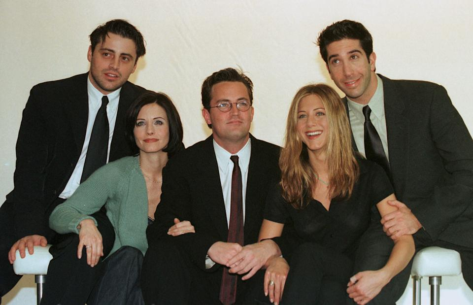 The cast of the iconic American TV sitcom 'Friends', left to right: Courteney Cox, Matt Le Blanc, Matthew Perry, David Schwimmer and Jennifer Aniston. Photo: Getty