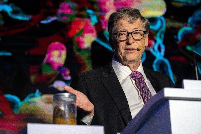Bill Gates declares all cisterns go in toilet revolution
