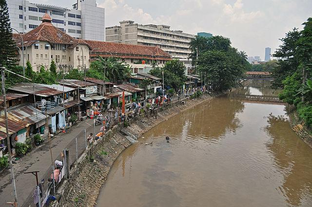 As per reports, 95 percent of North Jakarta is at the risk of getting submerged by 2050, if current rates continue. Climate change, excessive depletion of groundwater, rising sea levels, unchecked development and poor urban planning, have already led to parts of the city getting submerged. Adding to the danger is the fact that the city is built on an earthquake prone zone and is near the confluence of 13 rivers. Further, due to the lack of any piped water system in the northern parts of Jakarta, the city has to tap into its aquifers, leading to rampant extraction, causing land subsidence. The situation has become so alarming that the country is considering moving its capital to the island of Borneo. Indonesian President, Joko Widodo has asked the parliament to sign off on a plan to move the capital. Image credit: By Wibowo Djatmiko (Wie146) - Own work, CC BY-SA 3.0, https://commons.wikimedia.org/w/index.php?curid=9688608