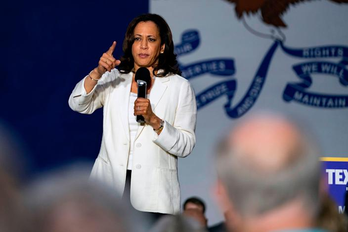 2020 Democratic Presidential hopeful Senator Kamala Harris (D-CA) speaks at a campaign rally in Davenport, Iowa on August 12, 2019. - Harris finishes a multi-day bus tour across Iowa today.
