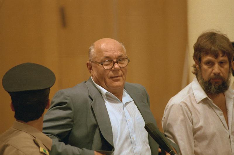 (Original Caption) John Demjanjuk, U.S. deported Ukranian Nazi prison guard at Israeli war-crimes trial.