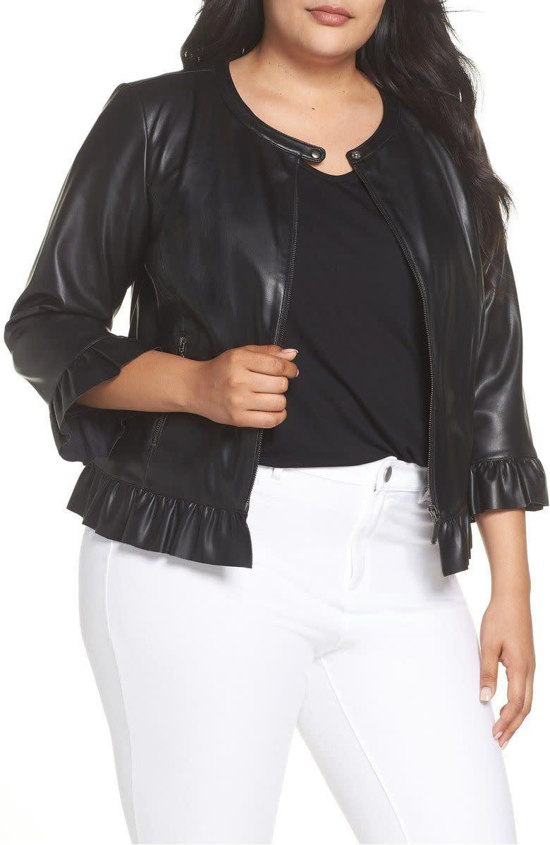 <strong>Sizes</strong>: 14 to 22<br>Get it at <span>Nordstrom</span>.&nbsp;