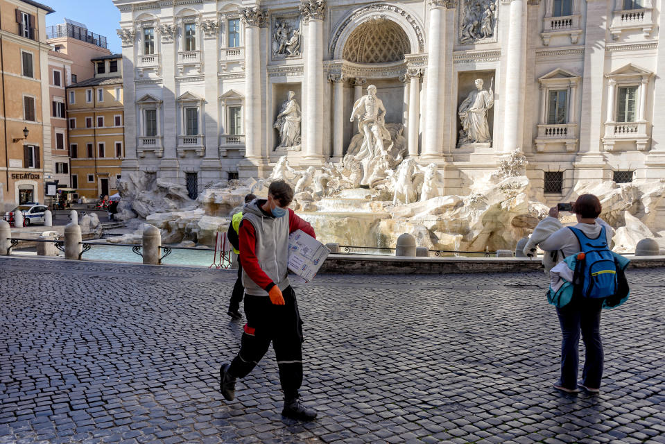 Dire scenes at the Trevi Fountain in Rome as the tourist hotspot is completely deserted. Source: Getty