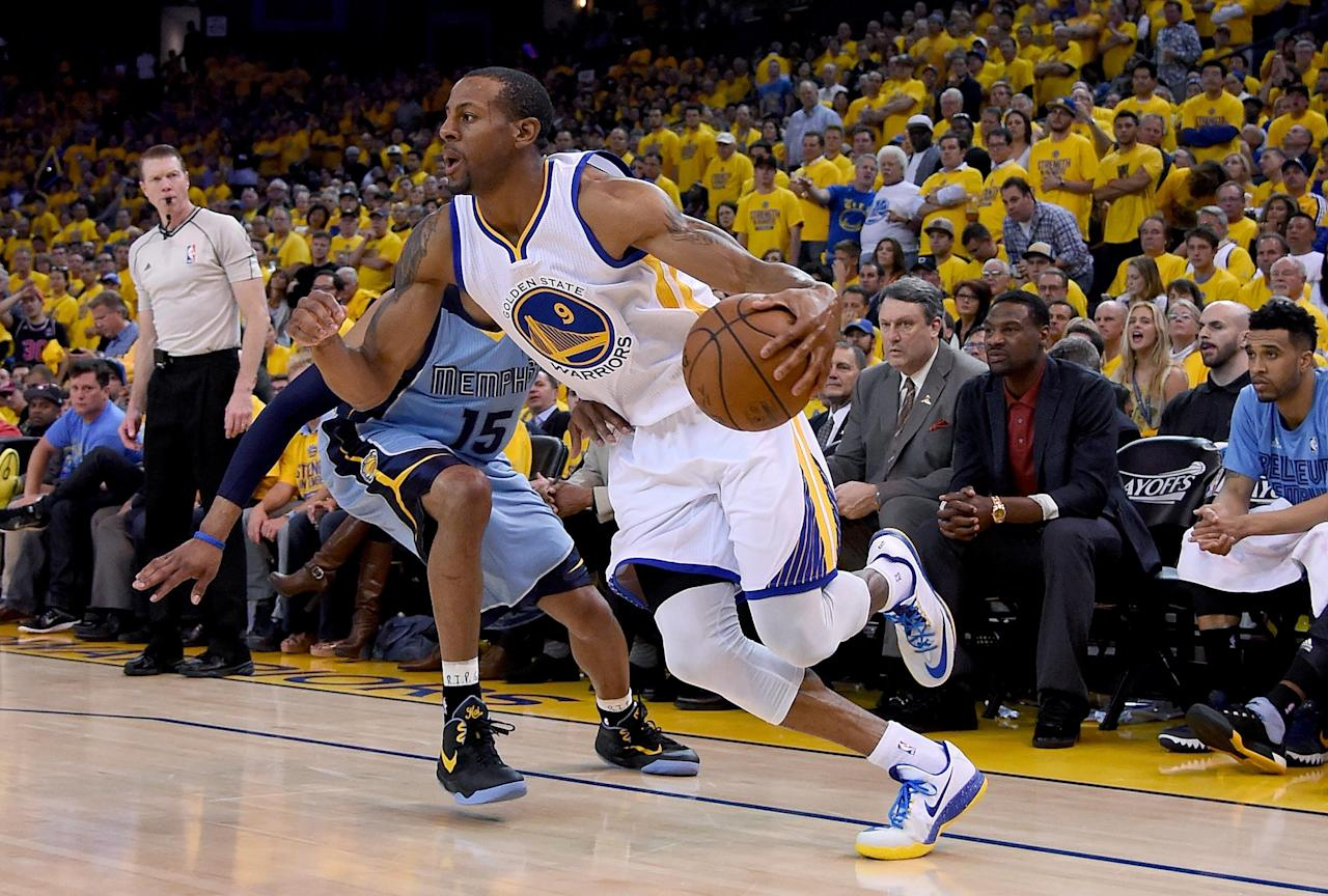Warriors thump Grizzlies in dominant Game 5, now lead 3-2