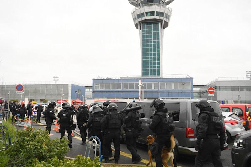 Shooting: French police secure the area at Paris' Orly airport (AFP/Getty Images)