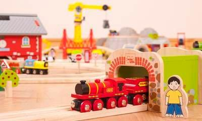 West Coast: Toy Train Firm Bids For Franchise