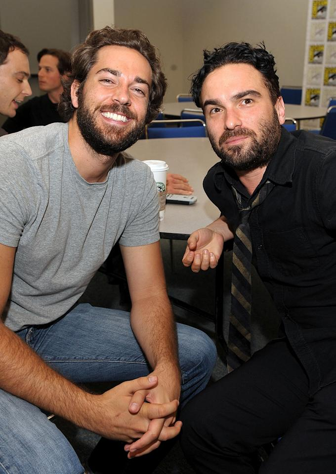 """<a href=""""/zachary-levi/contributor/636676"""">Zachary Levi</a> (<a href=""""/chuck/show/40464"""">""""Chuck""""</a>) and <a href=""""/johnny-galecki/contributor/31254"""">Johnny Galecki</a> (<a href=""""/the-big-bang-theory/show/39758"""">""""The Big Bang Theory""""</a>) attend the TV Guide Comic-Con panel on July 24, 2009."""