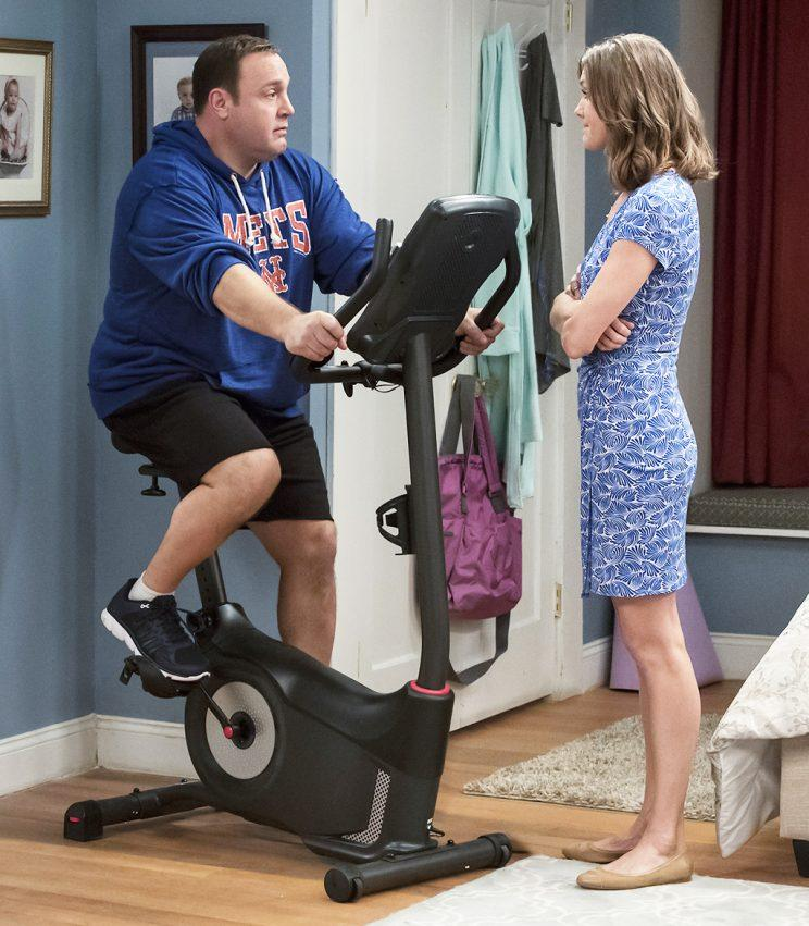 Kevin James and Erinn Hayes in 'Kevin Can Wait' (Credit: Dave Giesbrecht/CBS)