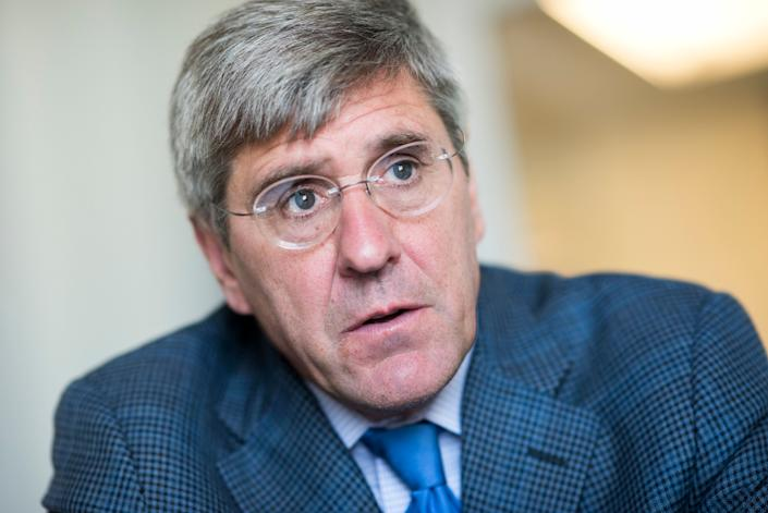President Donald Trump tweeted on Friday that he will nominate Stephen Moore to serve on the Federal Reserve's Board of Governors. (Photo: Tom Williams via Getty Images)