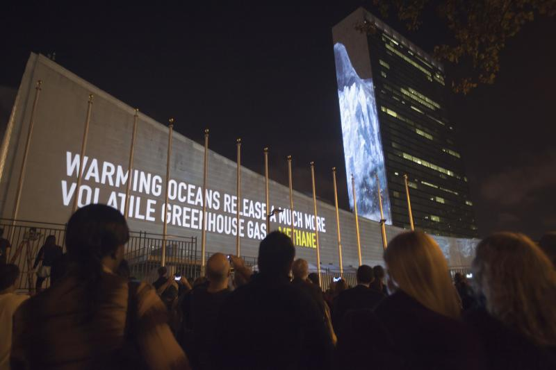Messages on methane gas and carbon dioxide emissions are projected onto the United Nations building ahead of the climate change talks that will take place on the sidelines of the U.N. General Assembly, in New York September 20, 2014.     REUTERS/Carlo Allegri (UNITED STATES - Tags: POLITICS ENVIRONMENT)