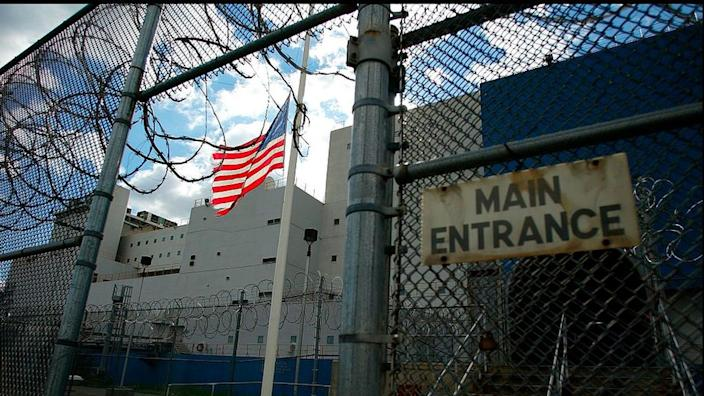 New York is to release prisoners who are most vulnerable to coronavirus infection
