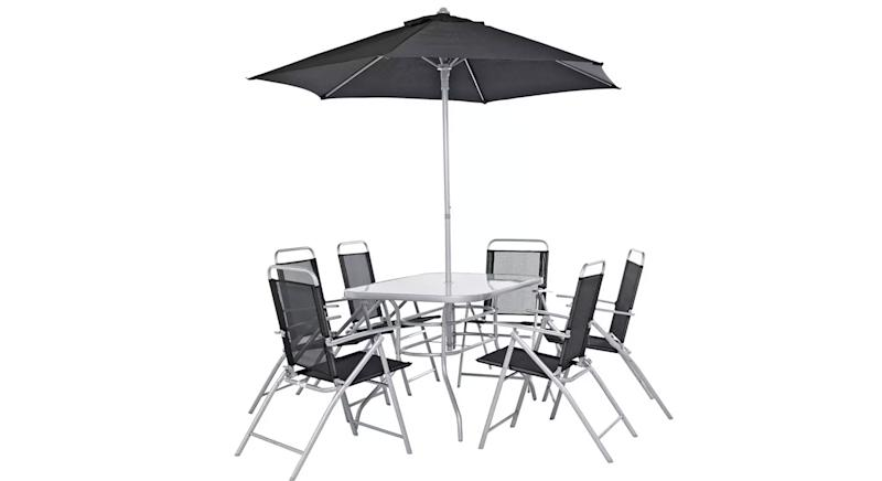 This Top Rated Dining Set Costs 130