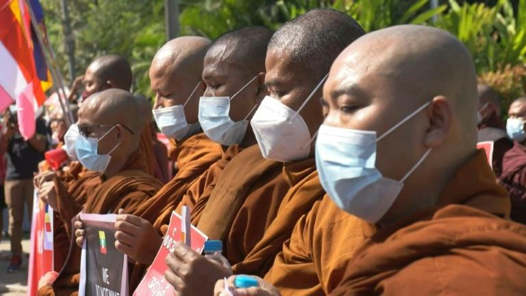 Monks pray against coup outside US embassy in Myanmar