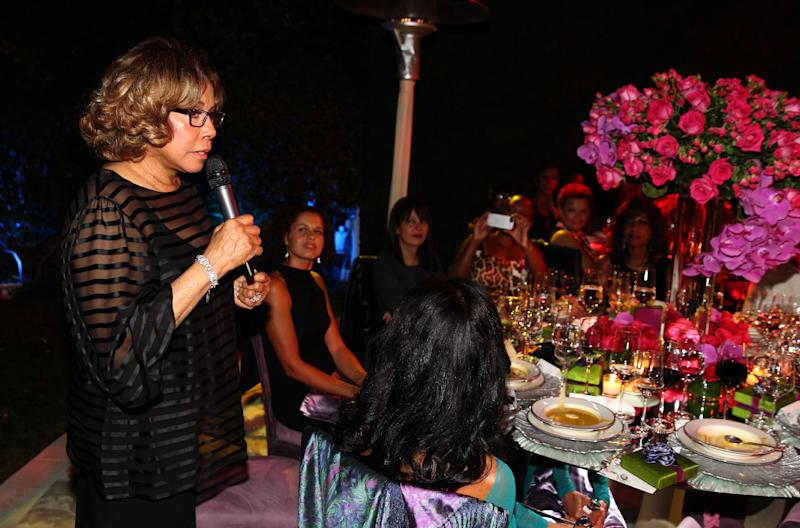 """Diahann Carol speaks at the """"House of Flowers"""" dinner honoring her and AMPAS President Cheryl Boone Isaacs at the home of Tracey Edmonds on Saturday, Oct. 19, 2013 in Beverly Hills, Calif. (Photo by Matt Sayles/Invision/AP)"""