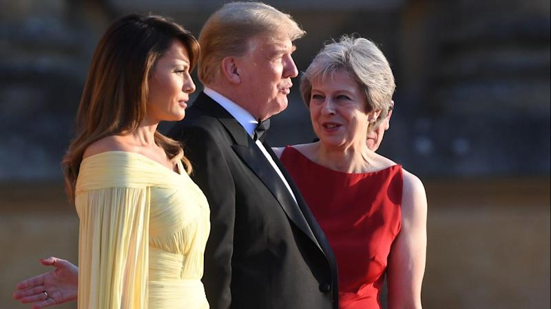 US President Donald Trump and his wife Melania have been welcomed by UK Prime Minister Theresa May