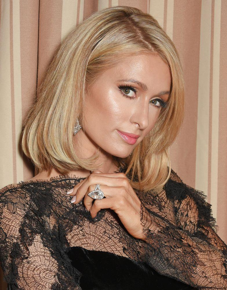 Paris Hilton Lost Her 2 Million 20 Carat Engagement Ring In A