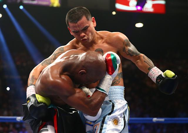 No one can say Marcos Maidana didn't take the fight to Floyd Mayweather. (USA TODAY Sports)