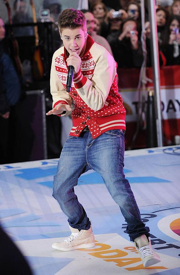 """Justin Bieber spent the morning before Thanksgiving performing tunes from his new Christmas album, <i>Under the Mistletoe</i>, on the """"Today"""" show in NYC. Seems like the pint-sized star has been everywhere promoting the collection of holiday favorites and originals written by the teen dream himself! (11/23/2011)"""