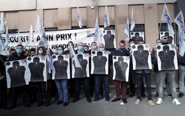 French police protest in front of the police station in Champigny-sur-Marne
