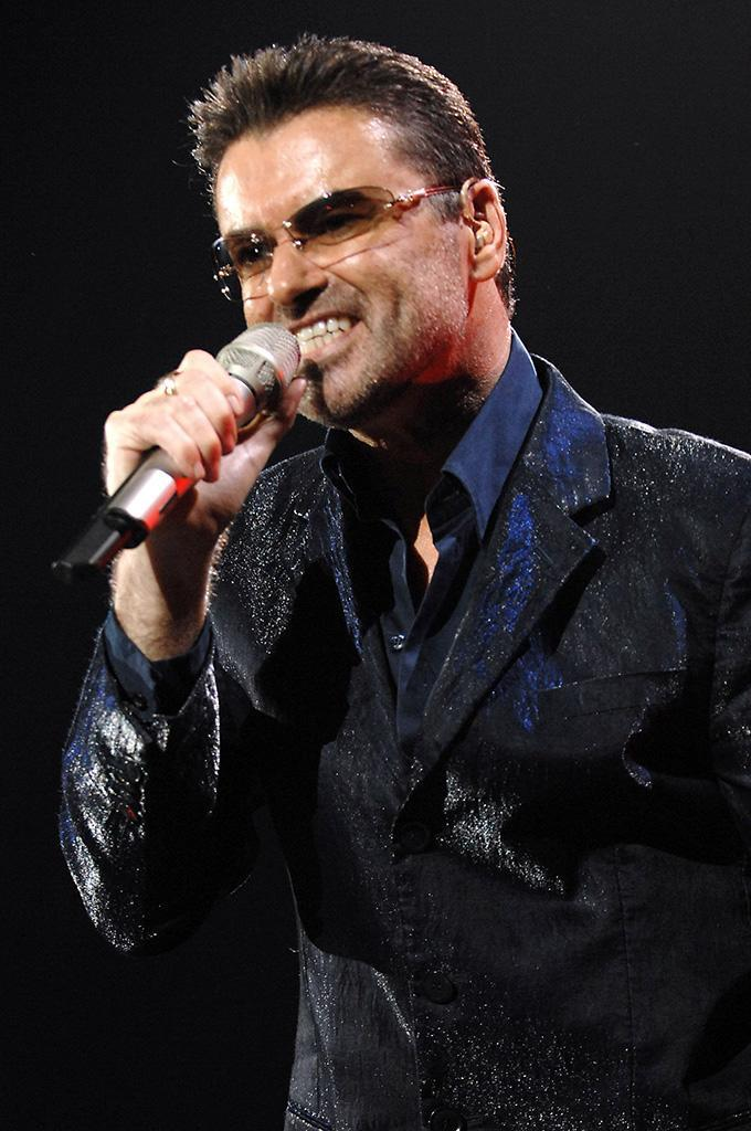 <p>George Michael performs at Datch Forum (now Mediolanum Forum) on Oct. 07, 2006, in Milan.(Photo: Morena Brengola/Getty Images) </p>