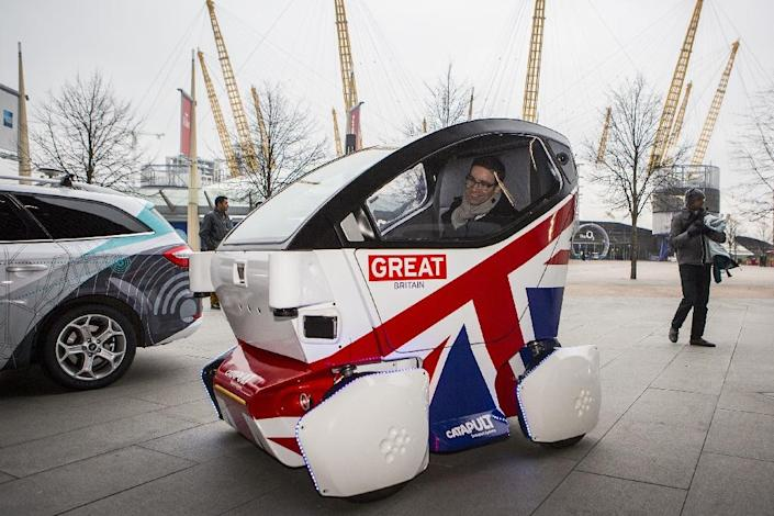 A driverless vehicle known as a Lutz 'Pathfinder' Pod in central London on February 11, 2015 (AFP Photo/Jack Taylor)