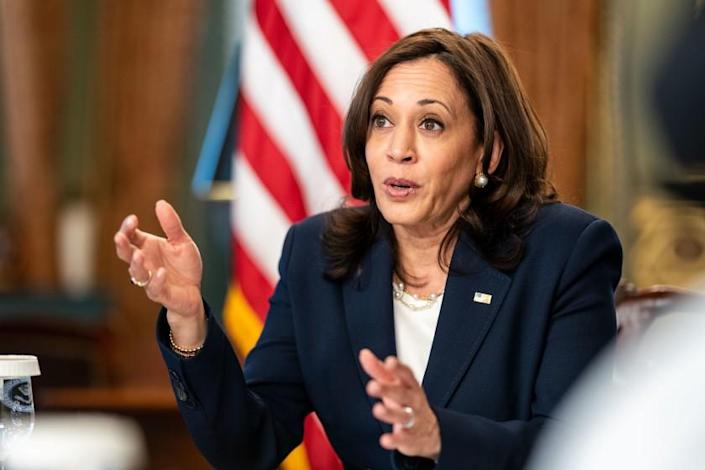 WASHINGTON, DC - APRIL 26: Vice President Kamala Harris holds a virtual bilateral meeting with His Excellency Alejandro Giammattei, President of the Republic of Guatemala in the Vice President's Ceremonial Office in the Eisenhower Executive Office Building on Monday, April 26, 2021 in Washington, DC. (Kent Nishimura / Los Angeles Times)